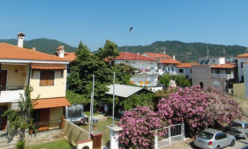 Utsikt från baksidan av hotel Galini
