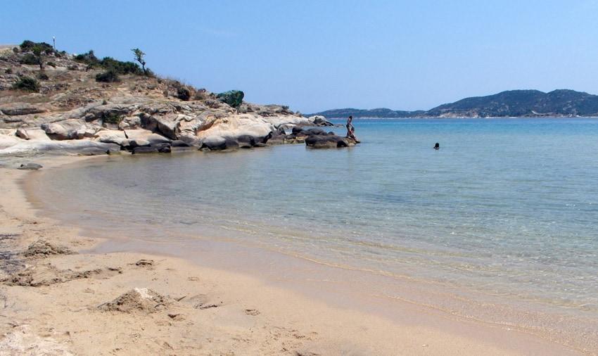 Sikia beach 5 minuter från Sarti